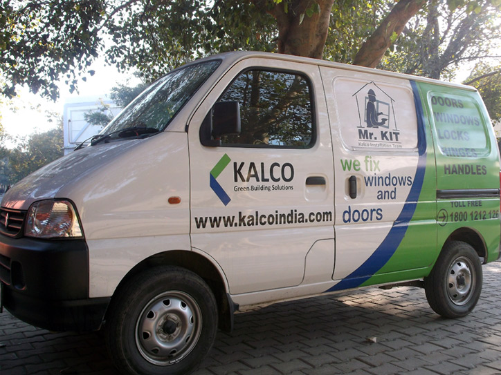 kalco-installation-customer-service-van-2